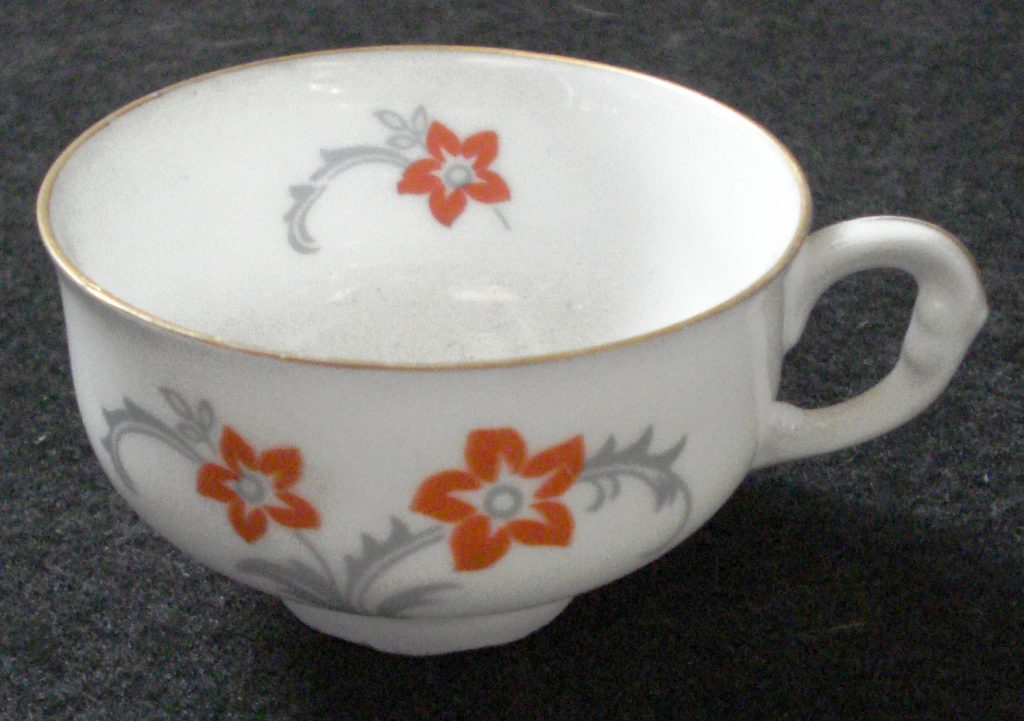 Antique porcelain and cutlery for sale - Antiques Mallorca